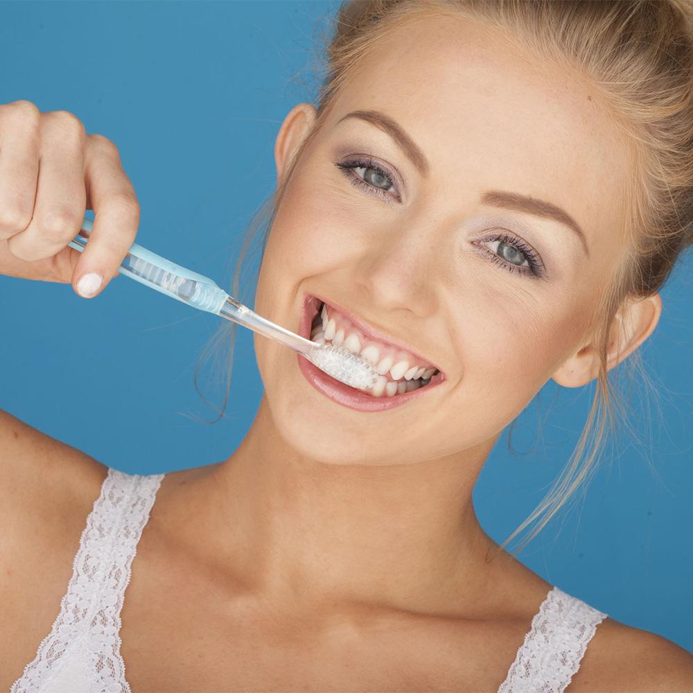 Generic-dentist_SMM_woman-brushing-teeth_20180131.jpg